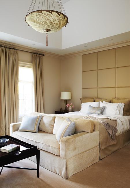 Silk Scudo Saraceno Fortuny lamp in hotel bedroom
