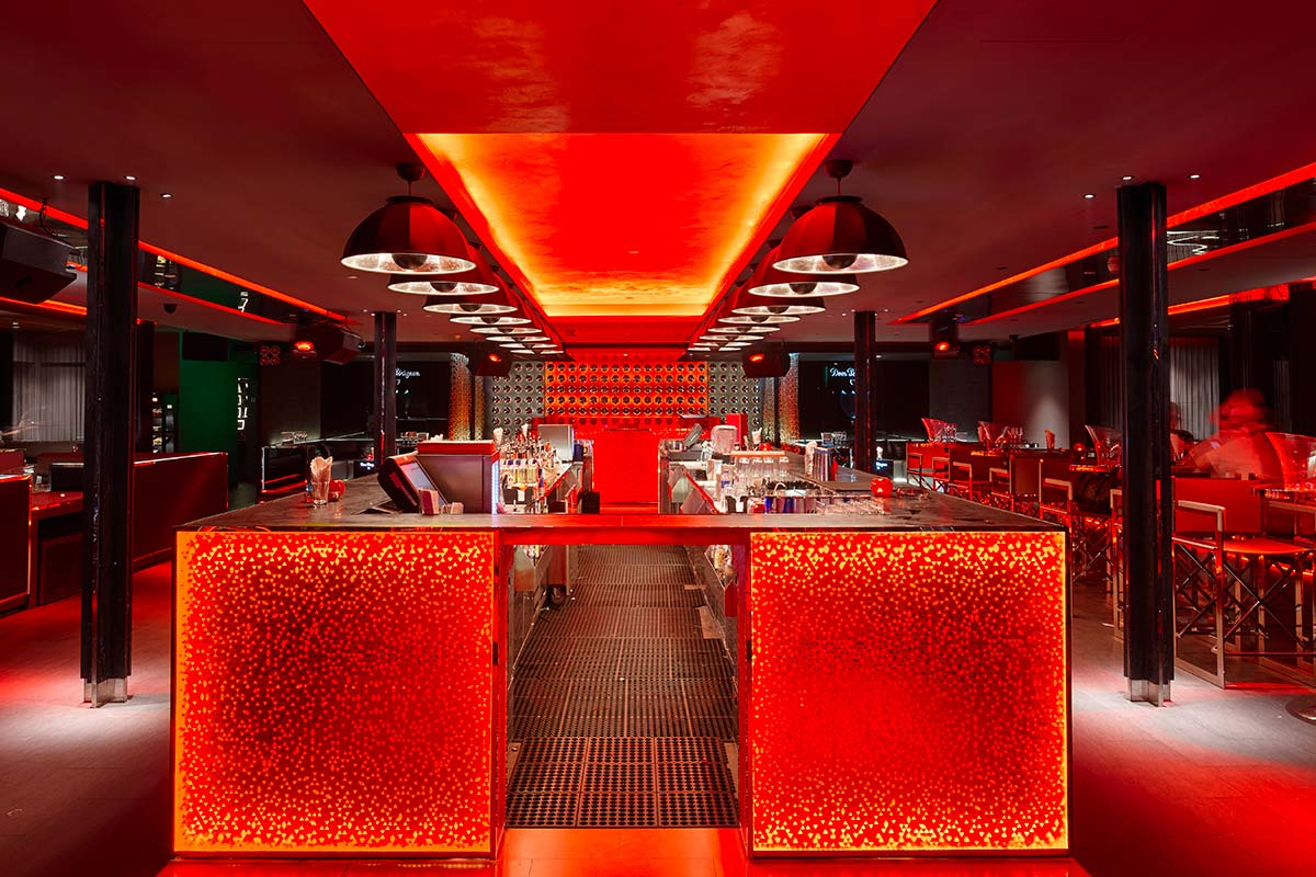 Bar Rouge in Shangai features Fortuny Studio 1907 Cupola lamps 2