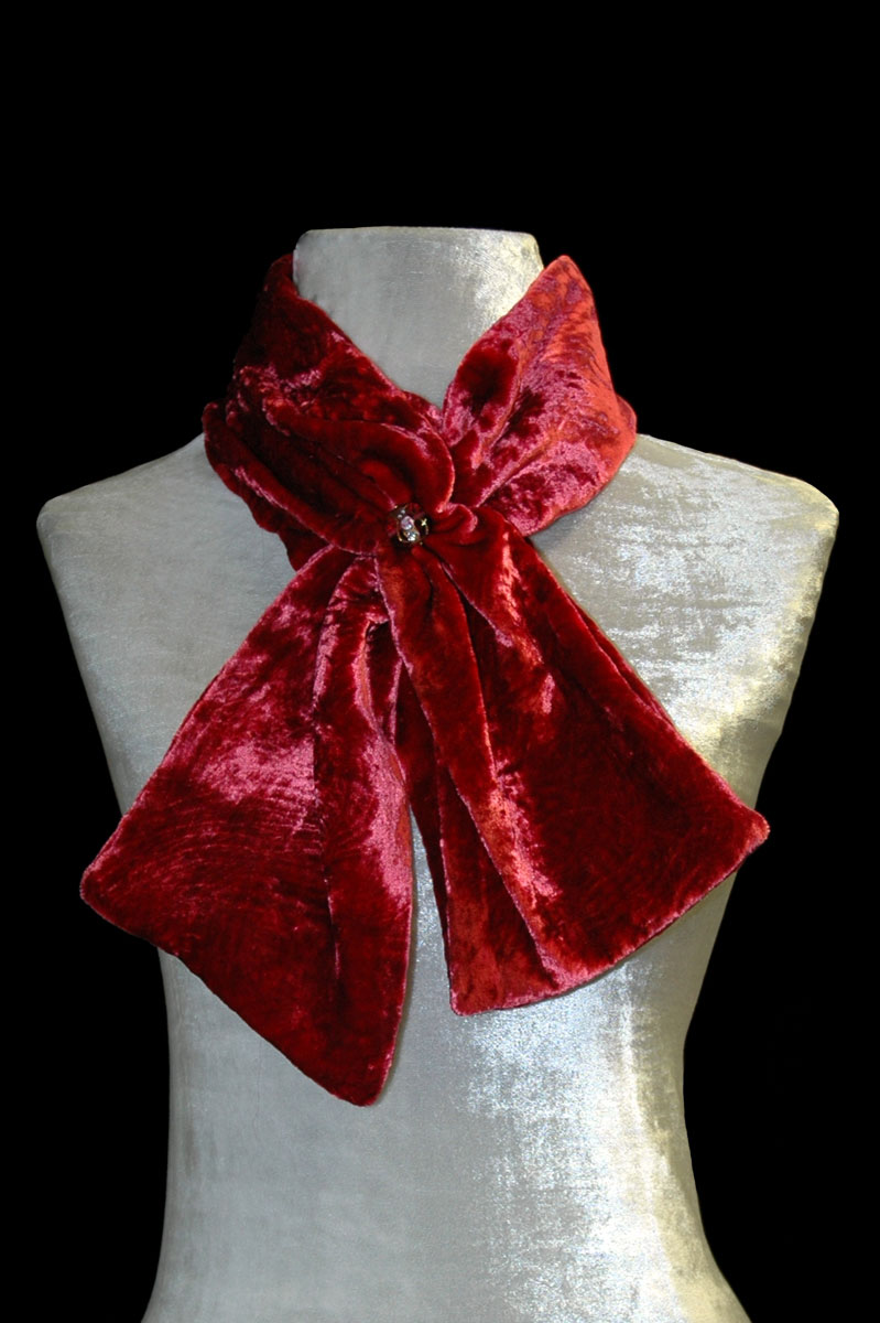 Fortuny cherry furrowed velvet scarf with Murano glass bead