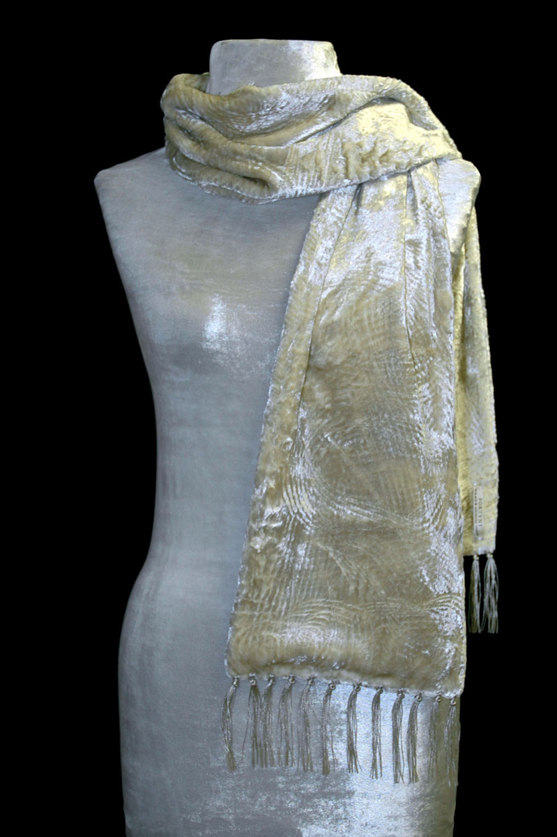 Fortuny ivory furrowed velvet scarf with fringes