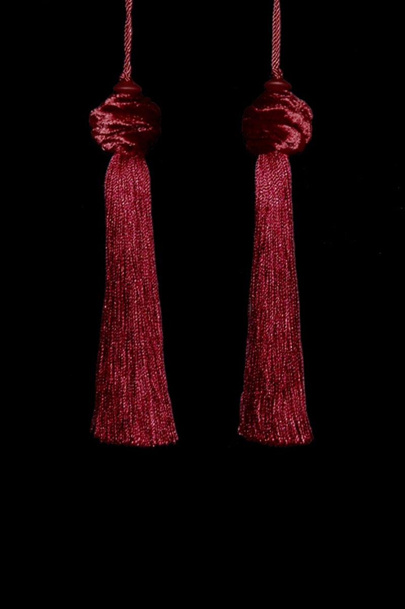 Venetia Studium Turbante couple of deep red tassels