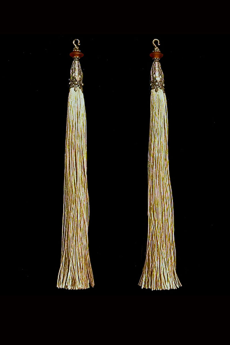 Venetia Studium couple of golden beige hook tassels