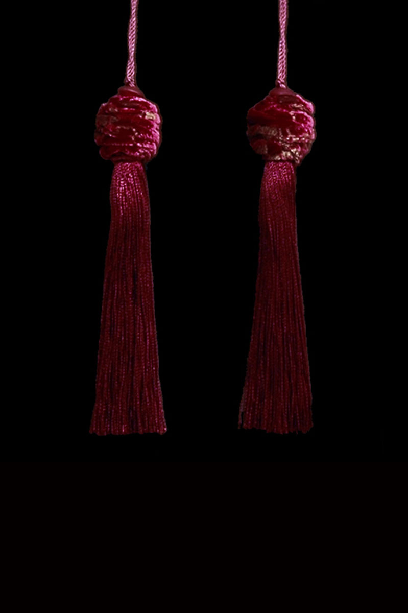 Venetia Studium Turbante couple of dark red key tassels