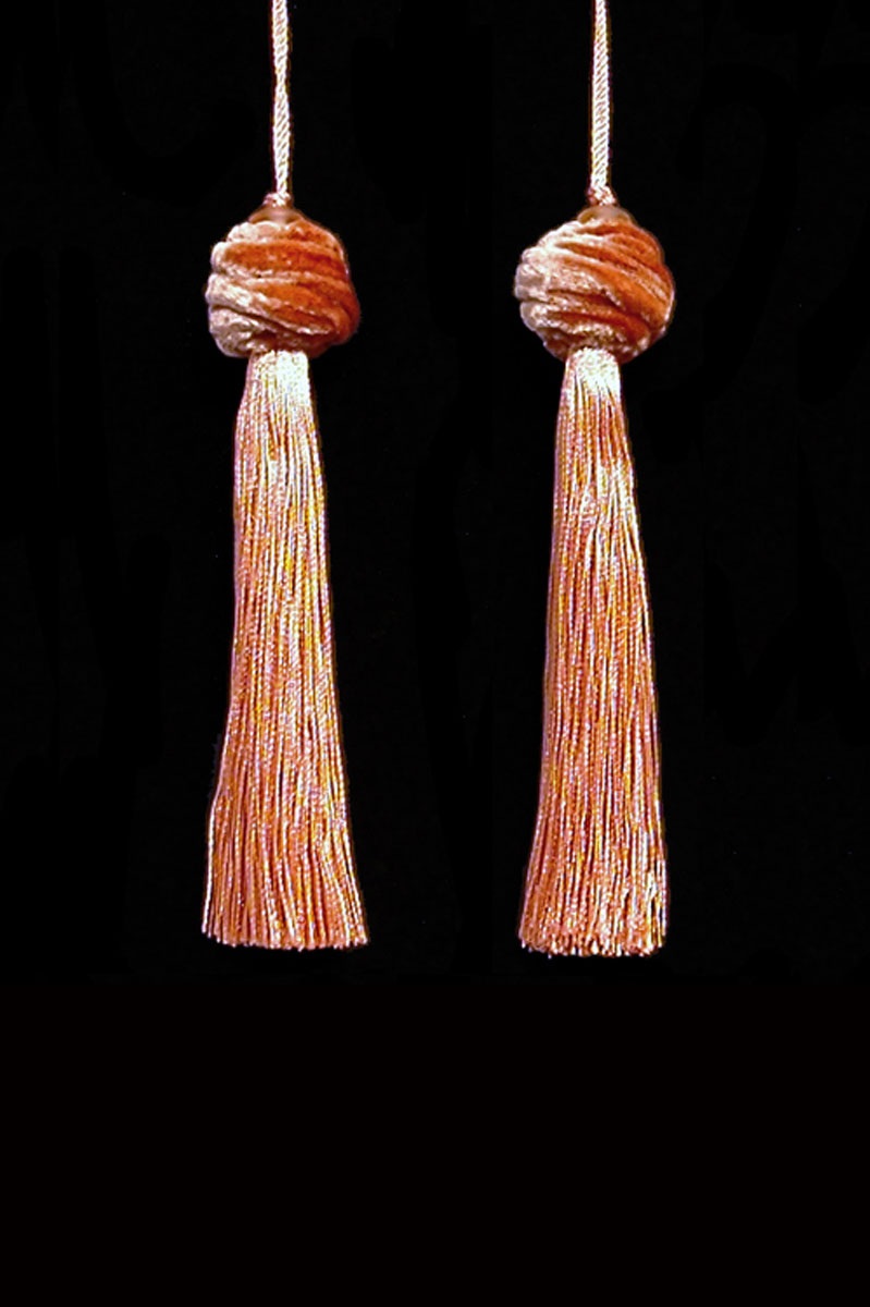 Venetia Studium Turbante couple of salmon pink key tassels