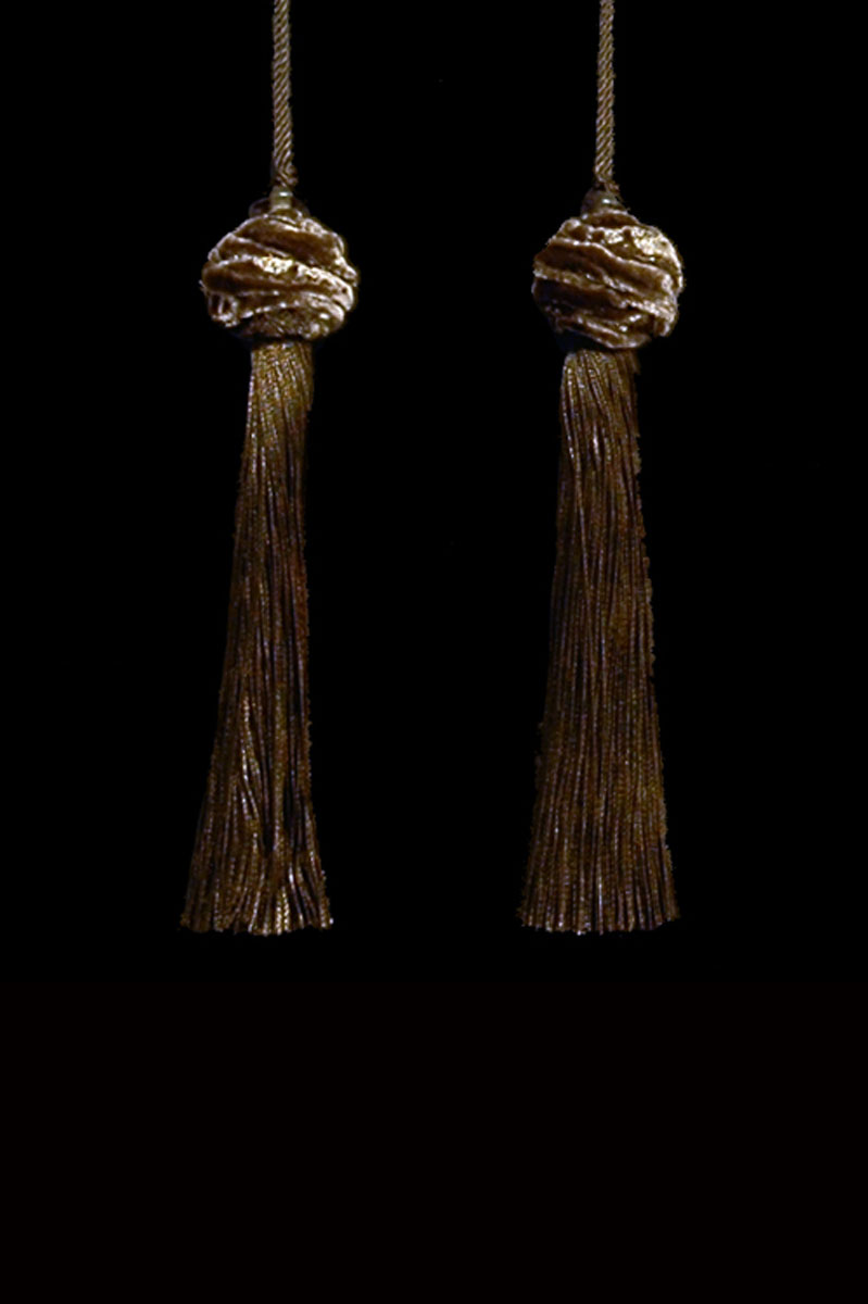 Venetia Studium Turbante couple of sepia key tassels