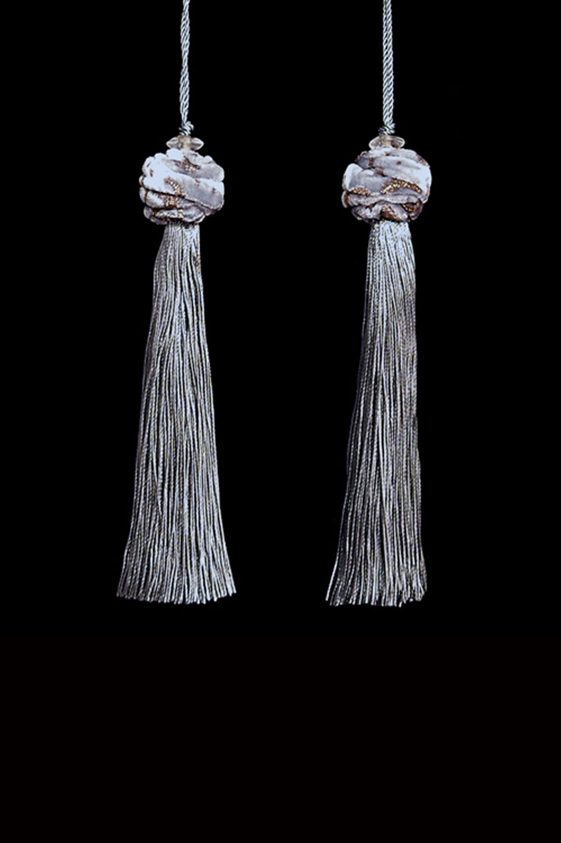 Venetia Studium Turbante couple of silver grey key tassels