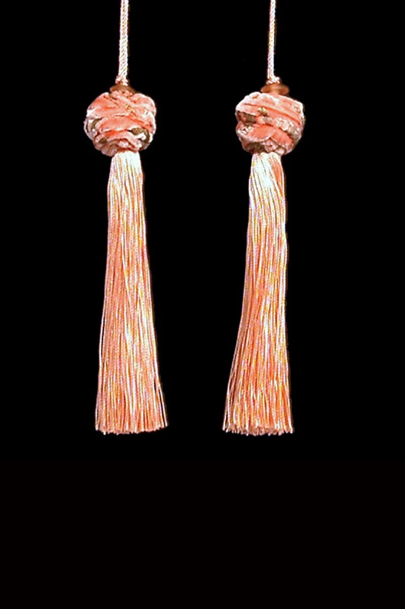 Venetia Studium Turbante couple of shell pink key tassels