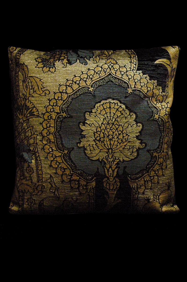 Venetia Studium San Gregorio black printed velvet square cushion