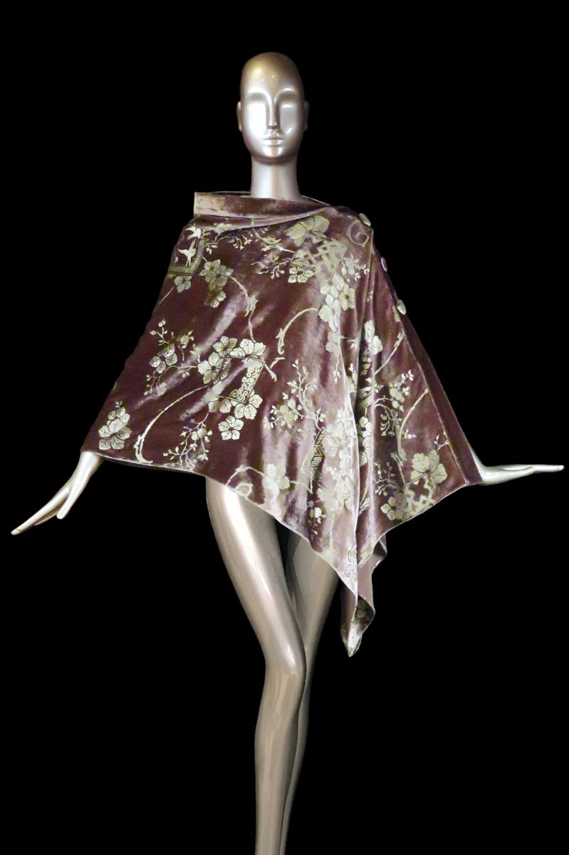 Fortuny mauve printed velvet stole with buttons side