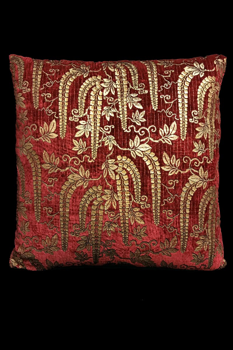 Venetia Studium Glicine dark red printed velvet cushion
