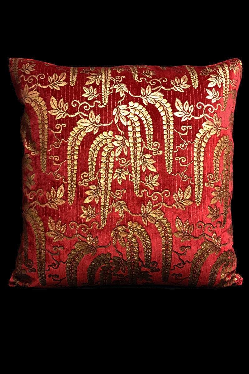 Venetia Studium Glicine red printed velvet cushion
