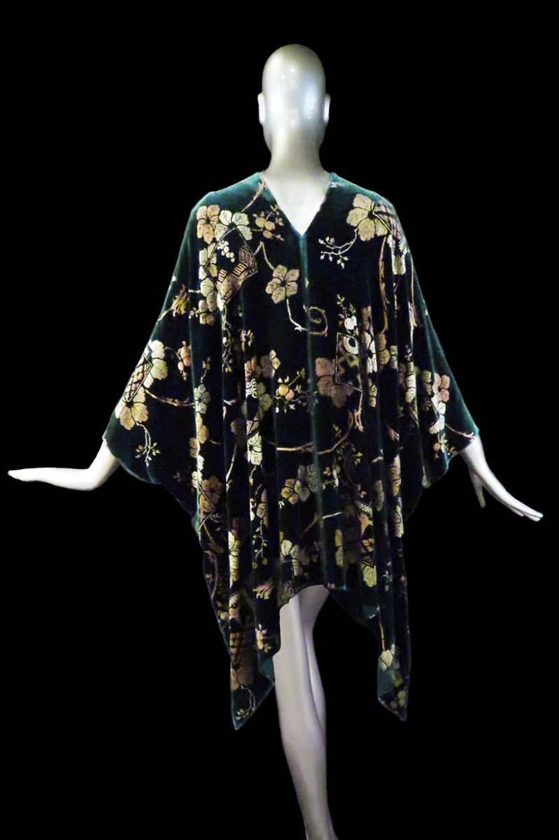 Fortuny printed velvet short evening coat back