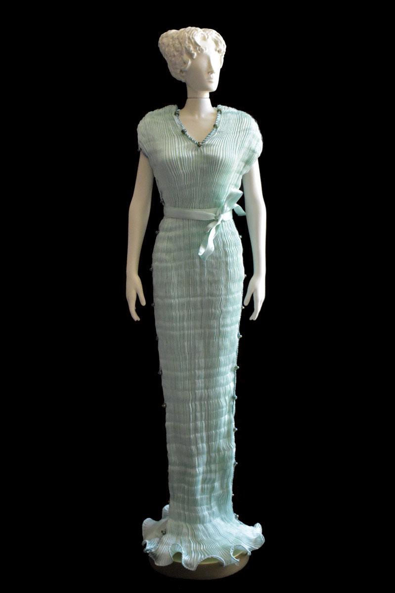 Diva Auriga opal green 38 collectible fashion doll miniature mannequin - Roman