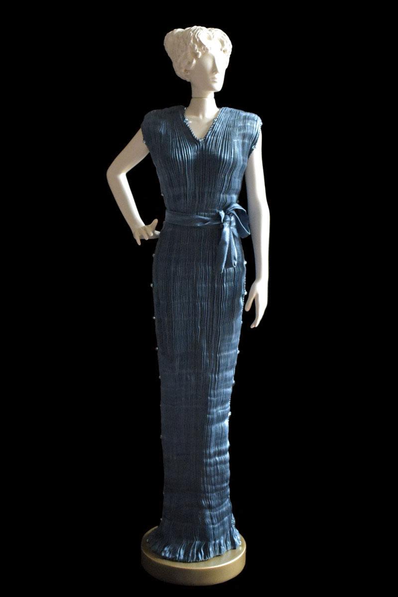 Diva Peggy dark teal blue collectible fashion doll miniature mannequin - Roman