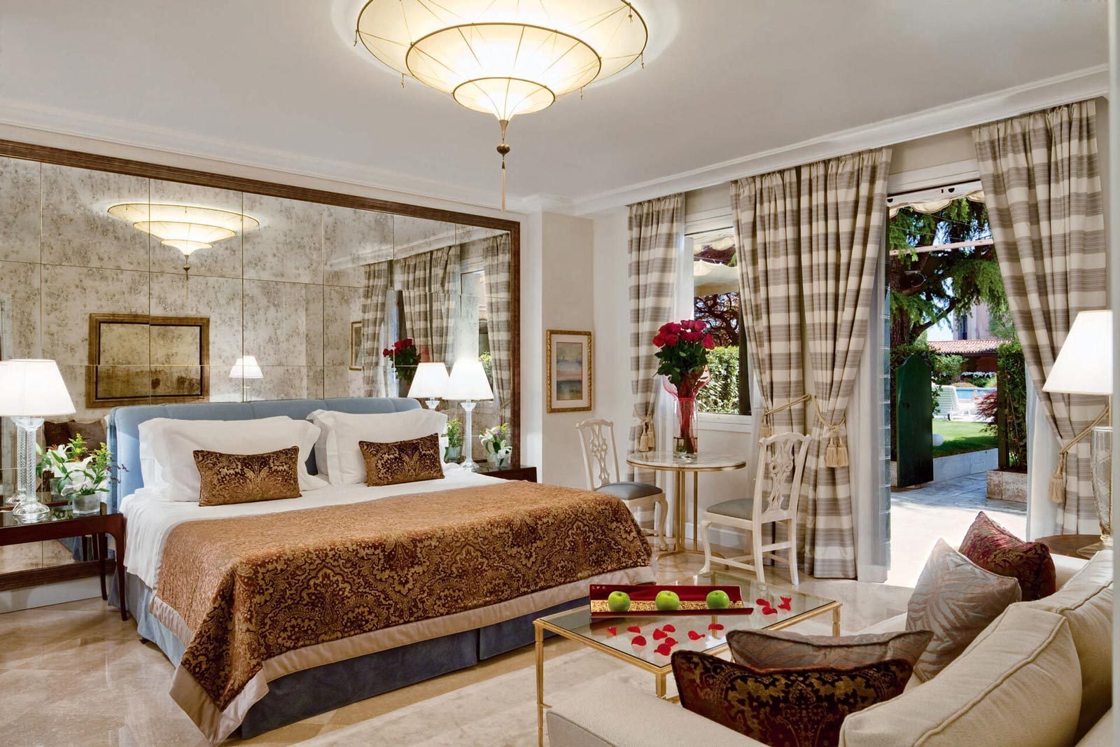 Belmond Hotel Cipriani Fortuny Scheherazade silk lamp